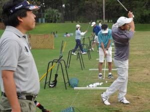 宮崎の探偵がゴルフ